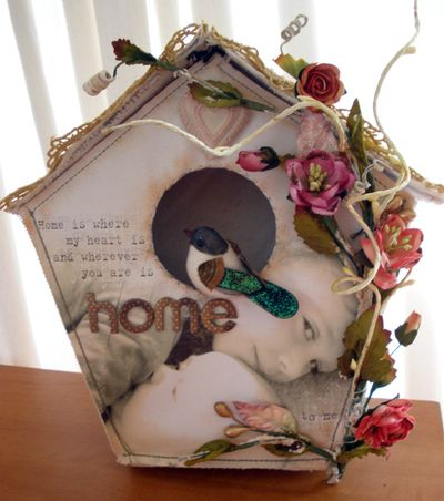 Canvas album house luoise williams