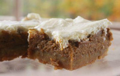 Pumpkin pie bars1