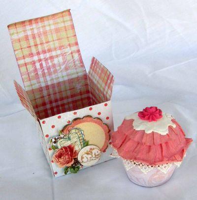 Alyssa cupcake2