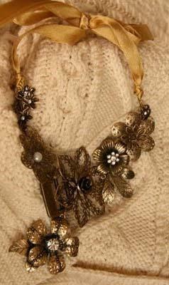 Jewelry reader 3