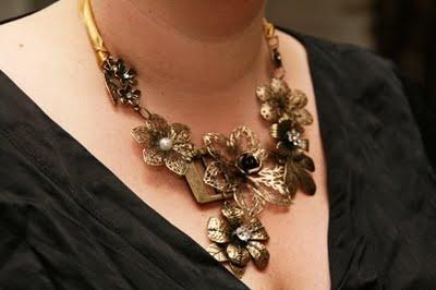Jewelry reader