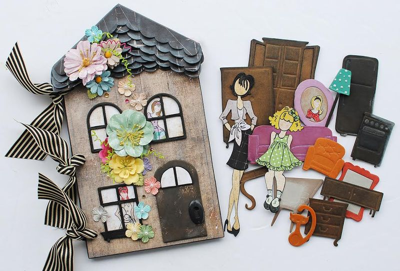 Julie doll house delaina