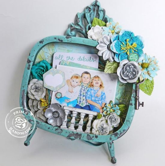 Ingvild blue frame erin