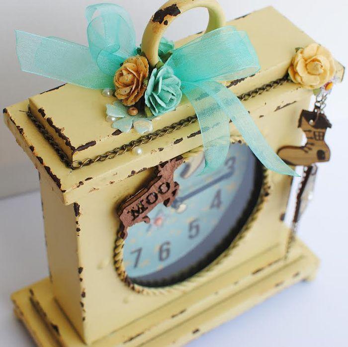 Bedtime story delaina clock2
