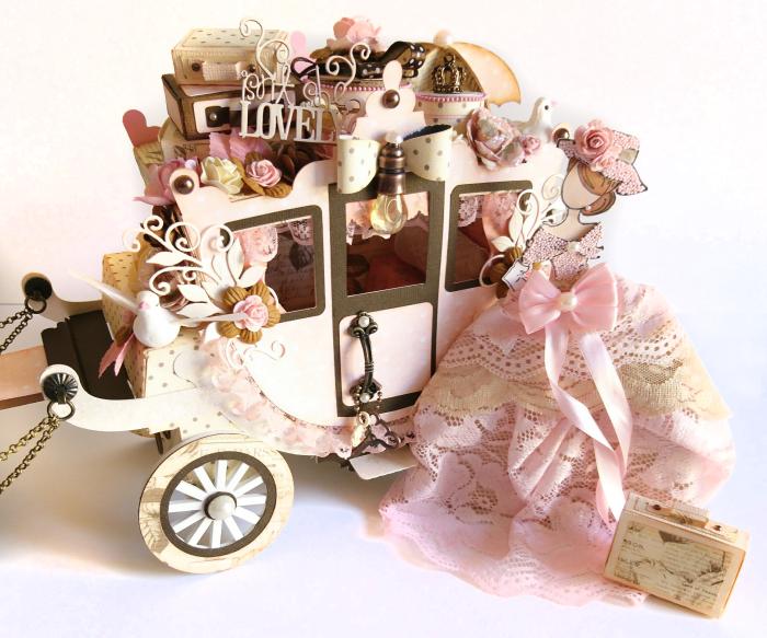 13Prima Marketing Something Blue Princess Carriage & JN Doll Aurora
