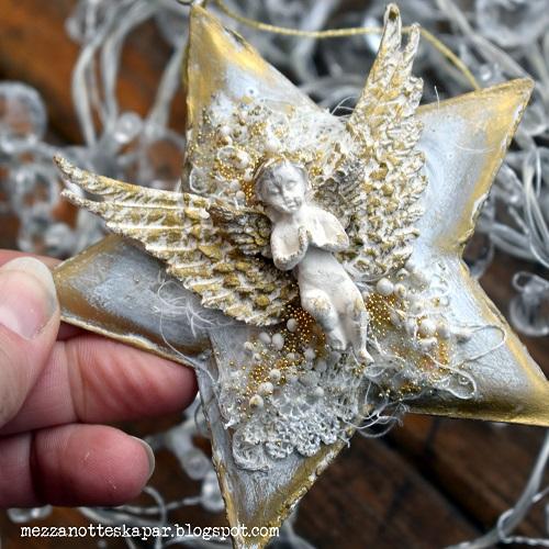 Reader krankilla ornament