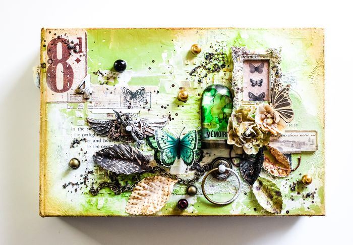 WendyMorris_CHA_Archivist_Mini Album1