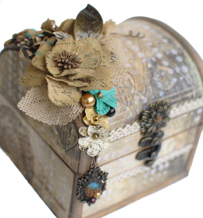 TM-box-Delaina2.jpg