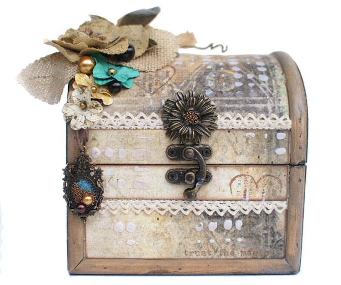 TM-delaina-box