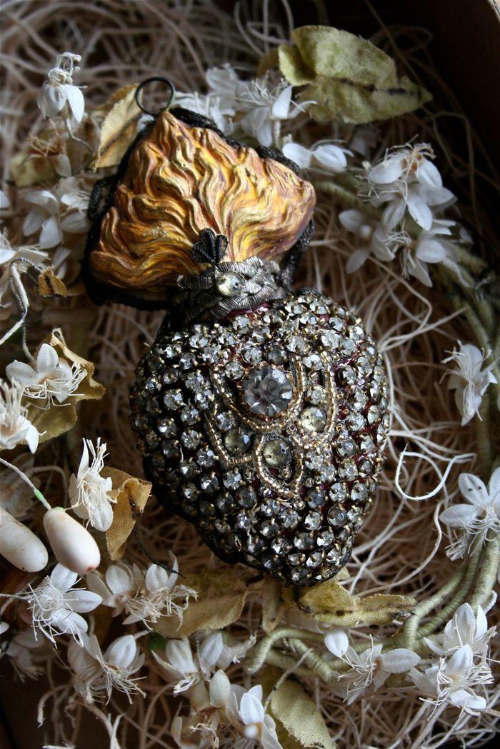 Relics sandra piece